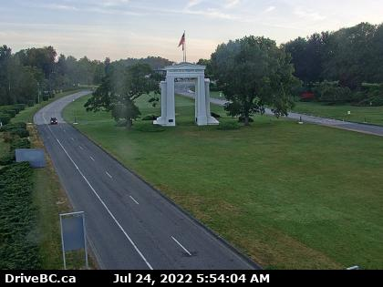 peace arch border traffic camera