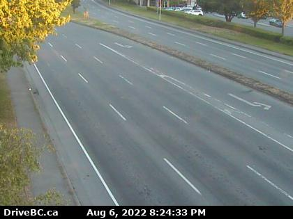 Hwy 17 at Cloverdale Ave - S